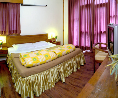 cottage-room3, 2 star resorts in manali