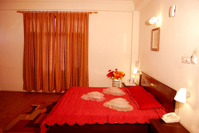 honeymoon-room1, luxury resorts in manali tourism