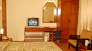 cottage-room1, resorts in manali india