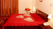 honeymoon-room1, luxury resorts in manali