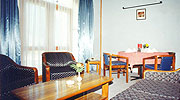 living-room2, luxury resorts in manali